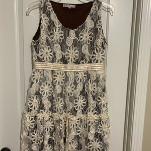 Size Large Boutique Dress- brown and cream floral